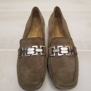 {8AA} Cole Haan Olive Green Buckle Loafers